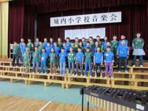 26校内音楽会4-3